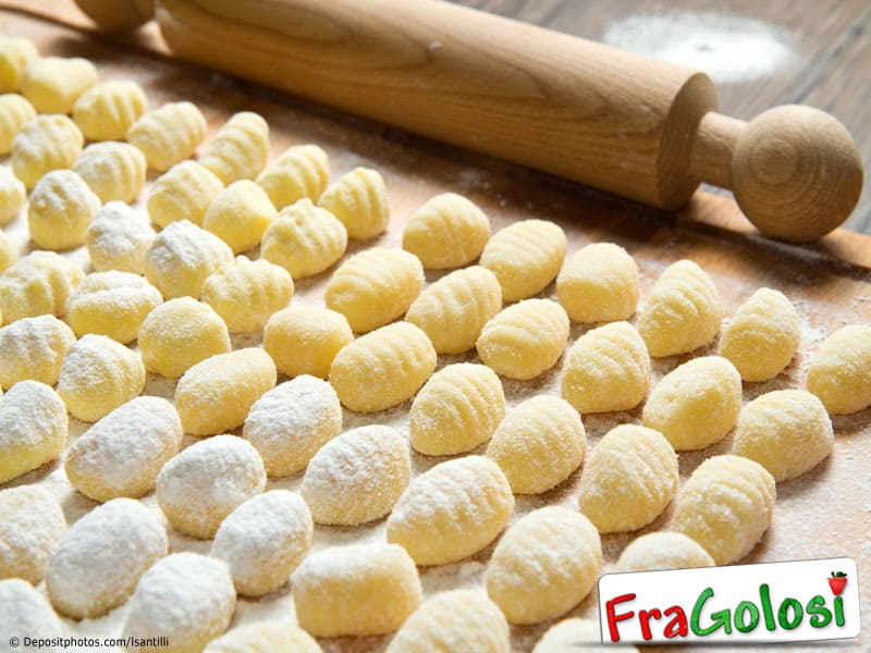Preparazione gnocchi di patate