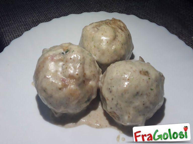 Canederli al Formaggio e Pancetta Affumicata