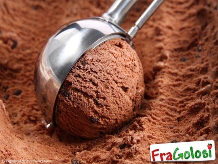 Preparazione dei gelati senza gelatiera