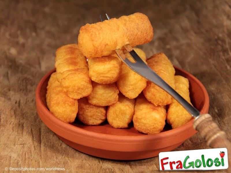 Come rendere compatte le crocchette di patate
