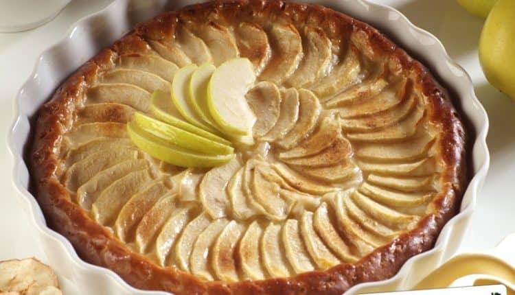 Crostata di mele e mandorle