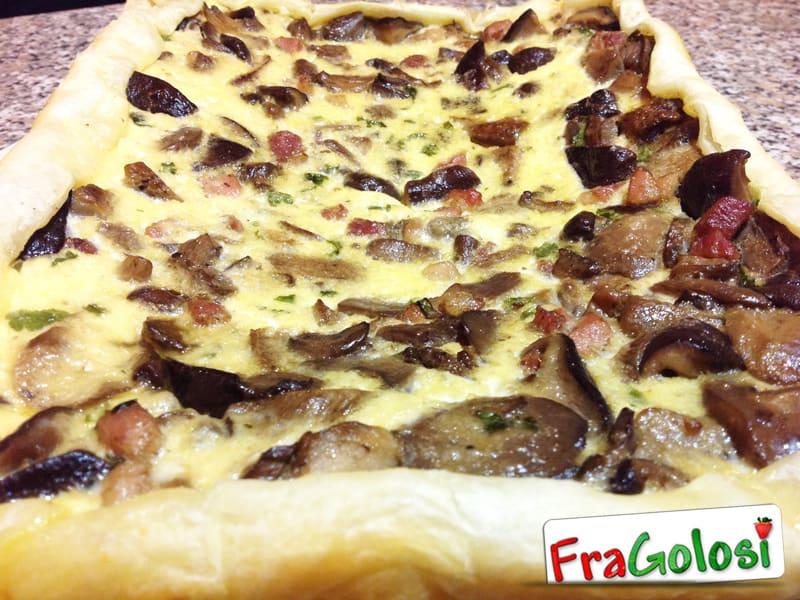 Quiche con ricotta pancetta e funghi