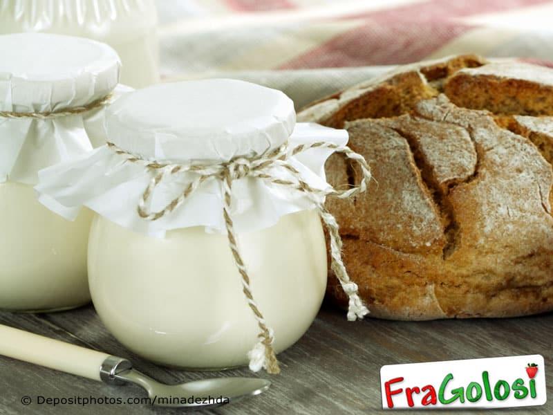 Frullato di yogurt e zucchero vanigliato