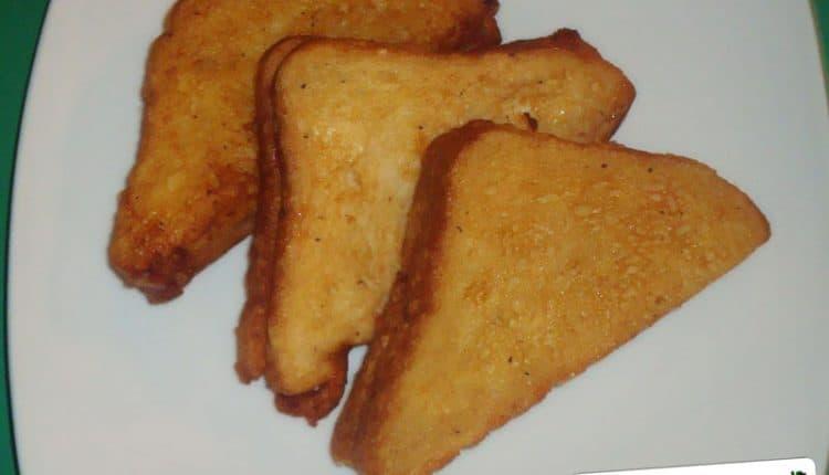 Triangoli di mozzarella in carrozza