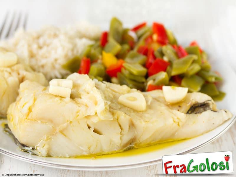 Riso in bianco con il pesce ricetta di for Pesce chicco di riso