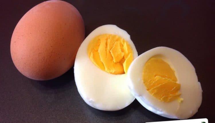 Per sgusciare agevolmente un uovo sodo