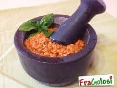 Pesto siciliano di pomodori secchi
