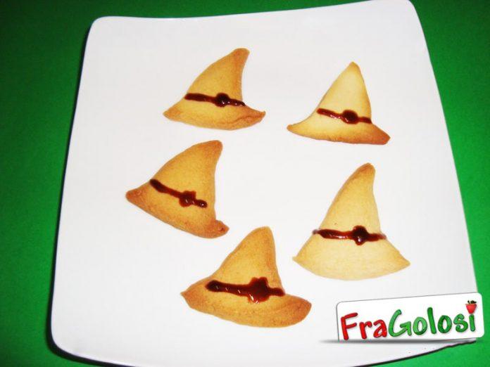 Cappelli della strega di Halloween  La Ricetta Deliziosa di FraGolosi 34d715906b27