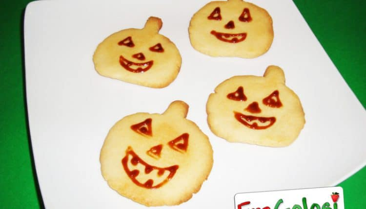 Zucca di halloween in pasta frolla
