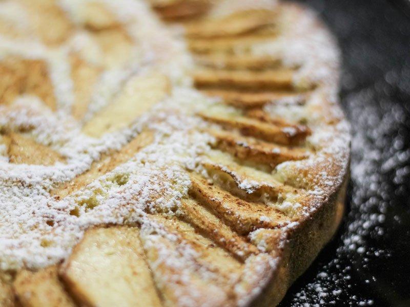 Come evitare di bagnare la base di una crostata di pasta frolla farcita con ricotta o con crema di ricotta