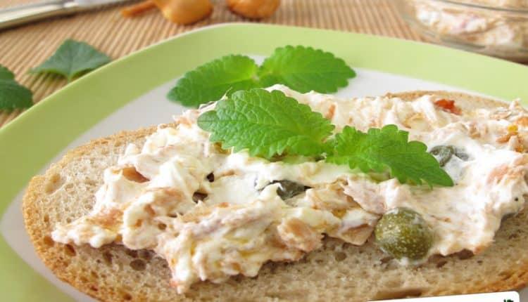 Crema di tonno e ricotta per crostini