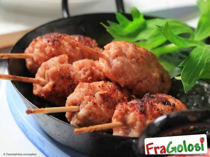 Spiedini di carne macinata