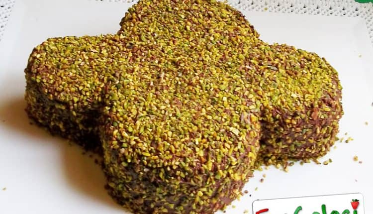 Colomba di Pasqua con pistacchi e crema di nocciole