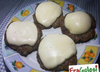 Hamburger di Carne e Formaggio
