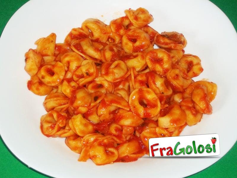tortellini al pomodoro - ricetta di fragolosi - Come Cucinare Tortellini