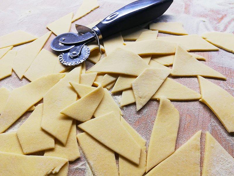 Straccetti di pasta