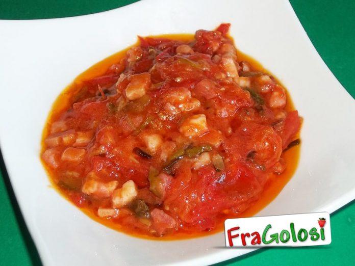 Sugo con pomodorini, pancetta e cipolline fresche