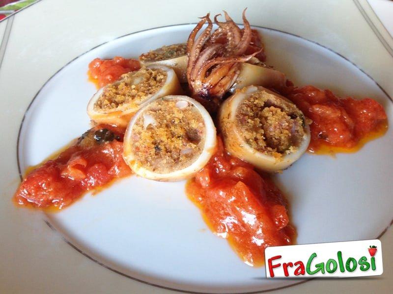 Calamari ripieni con i pomodorini