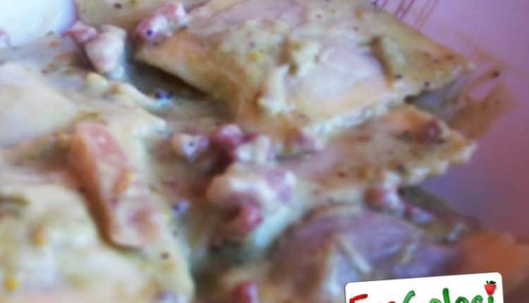 Ravioli ai porcini in salsa di pistacchi