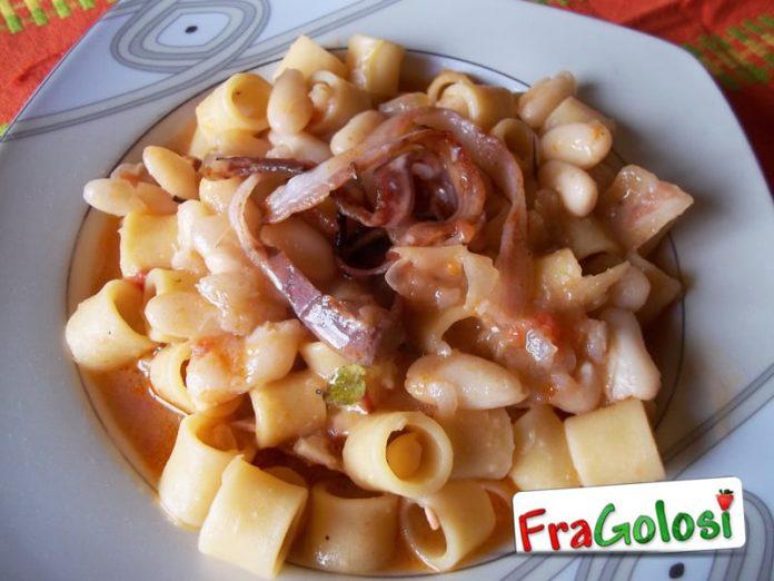 Pasta con fagioli, speck e rosmarino