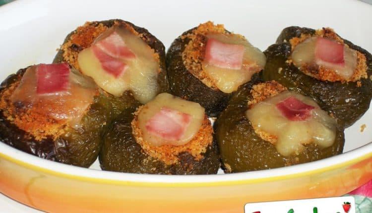Peperoni ripieni di prosciutto e scamorza