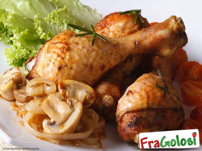 Pollo con mandorle e funghi al forno