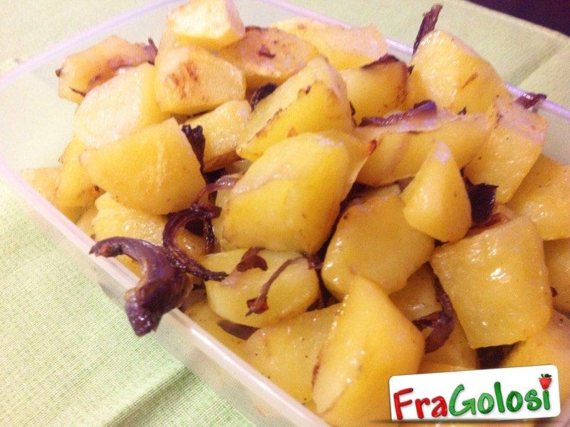 Patate al forno con cipolle di Tropea
