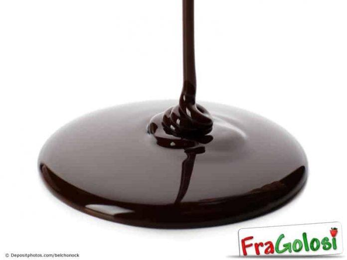 Metodo tradizionale di temperaggio del cioccolato