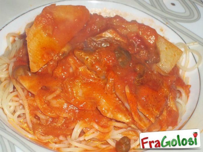 Spaghetti con il sugo della ghiotta di pesce stocco