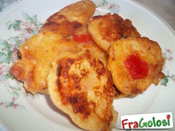 Frittelle semplici e veloci ricetta di fragolosi for Ricette veloci semplici