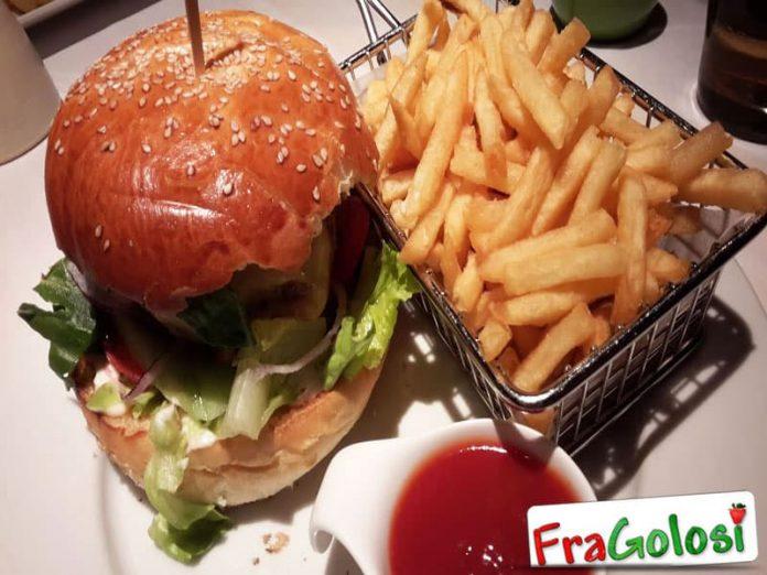 Sandwich di carne e verdure