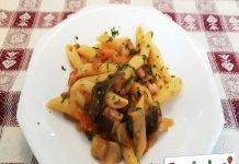 Pasta con Funghi Cardoncelli e Pancetta
