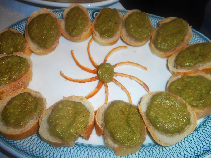 Crostini con Avocado