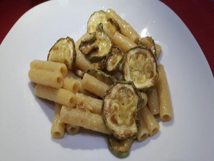 Pasta con Colatura di Alici e Zucchine