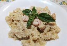 Pasta con Pesto di Mandorle e Gamberetti