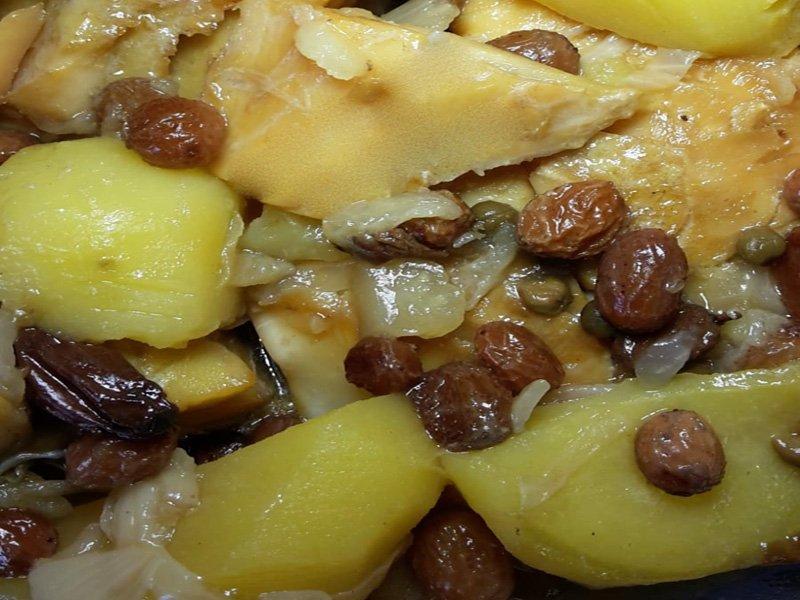 Baccalà con uvetta e pinoli