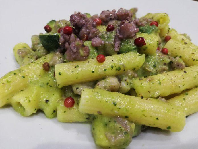 Pasta con Zucchine e Salsiccia