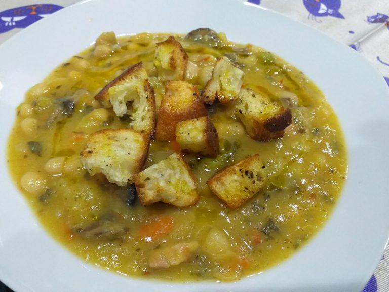 Zuppa di Fagioli e Pancetta