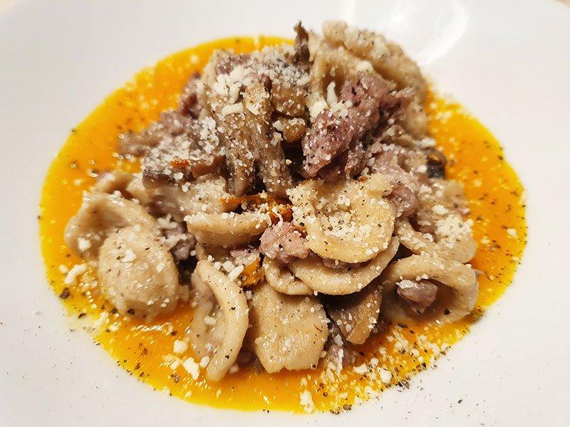 Orecchiette Salsiccia e Funghi