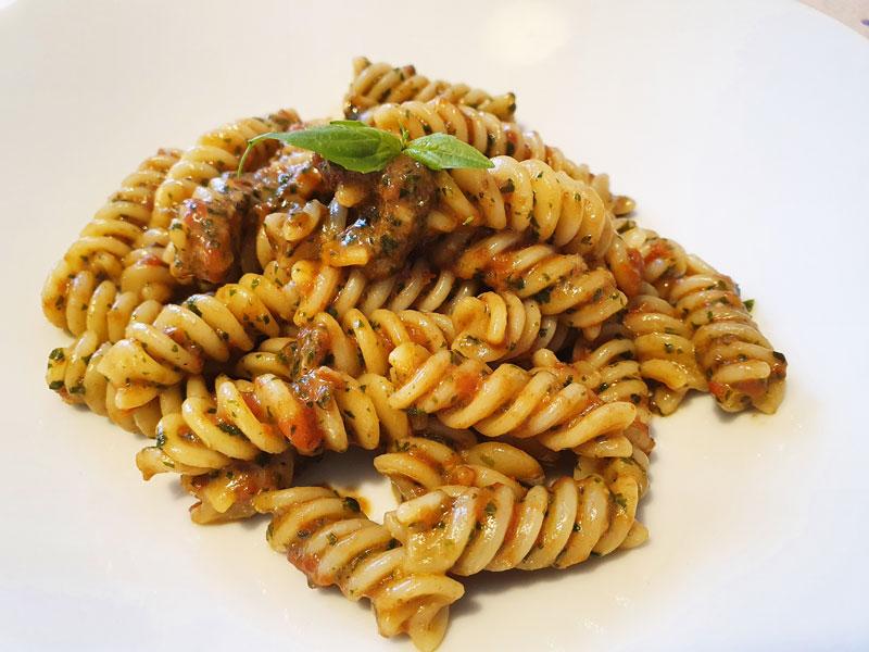Pasta Pesto e Pomodoro