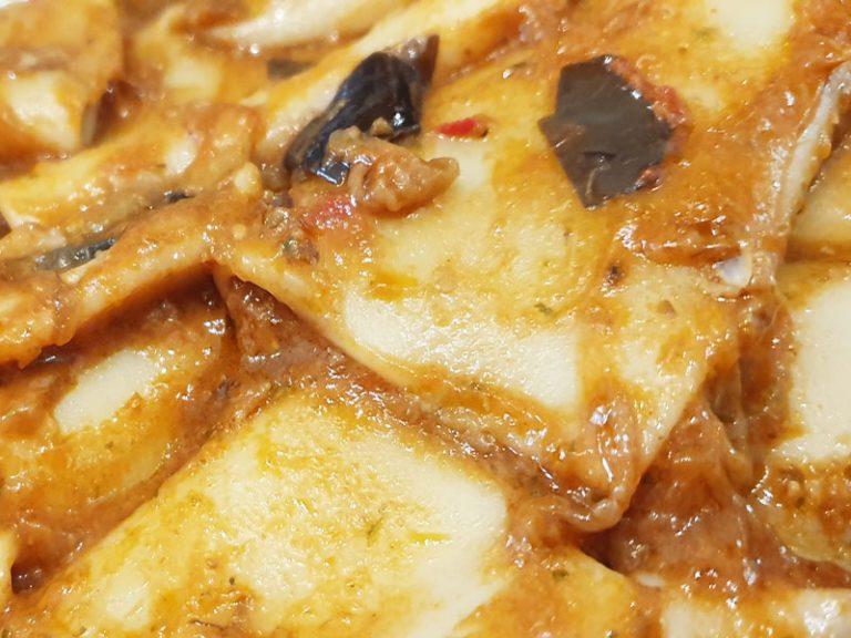 Pasta al Sugo Mediterraneo