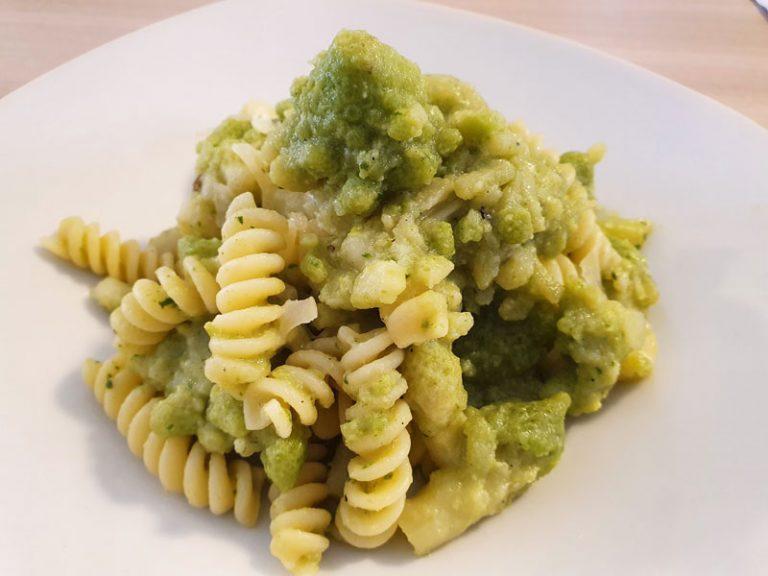 Pasta con Broccolo Romanesco