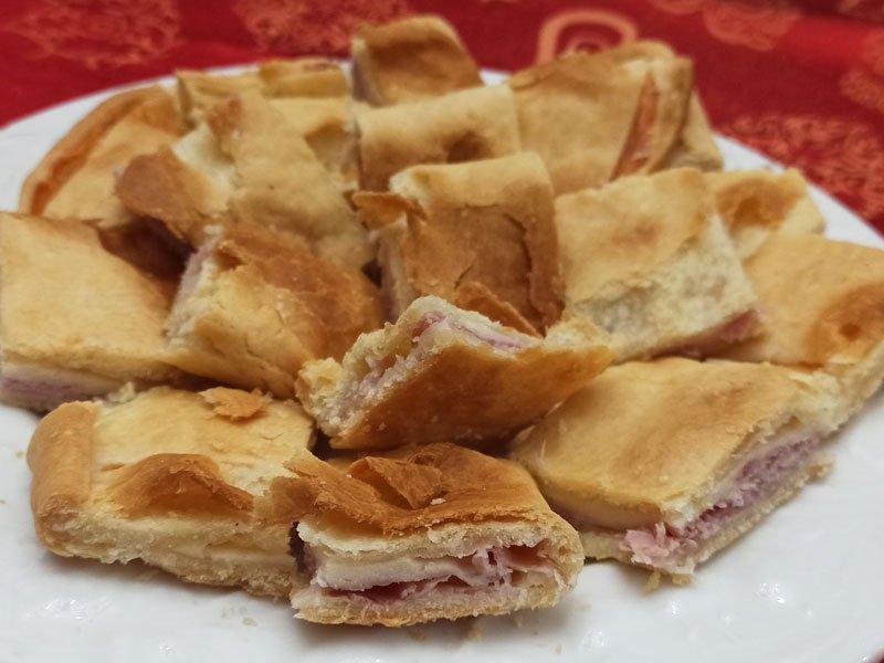 Torta Salata Prosciutto e Provola