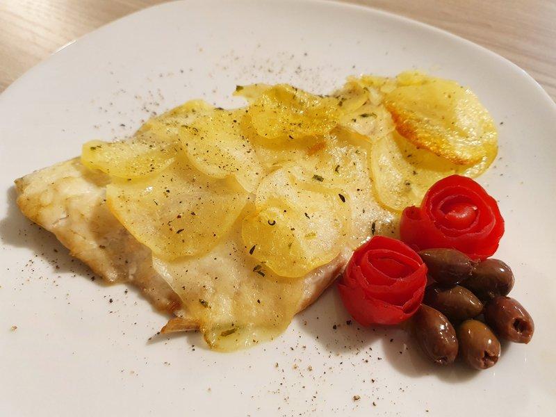 Filetto di dentice in crosta di patate
