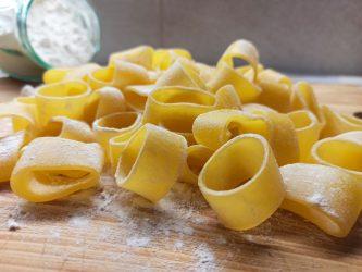 Pasta fresca calamarata