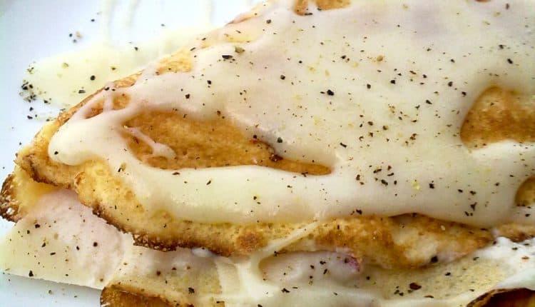 Crèpes con crema di prosciutto e ricotta, pomodori e scaglie di grana - Inviata da Matteo Ghigino